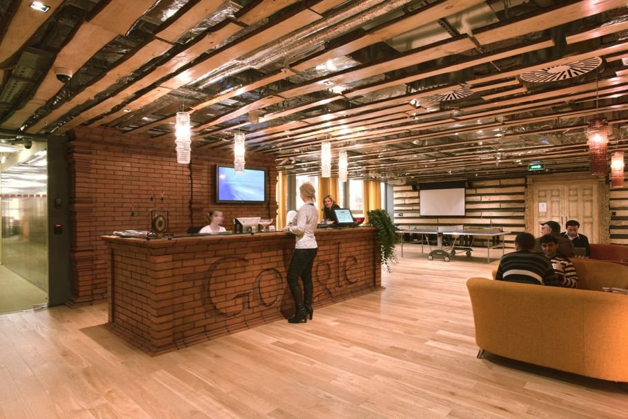 Office interior decor google s moscow office for Best interior design games