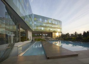 Vivand Hotel in India 1348767650 d 113 wow architects vivanta by taj commerical building 9 1000x725 300x218