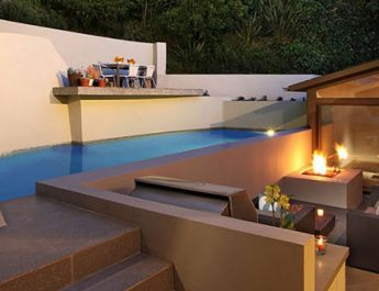 MODERN HOME IN HOLLYWOOD HILLS BY HAL LEVITT Slider456 345x265