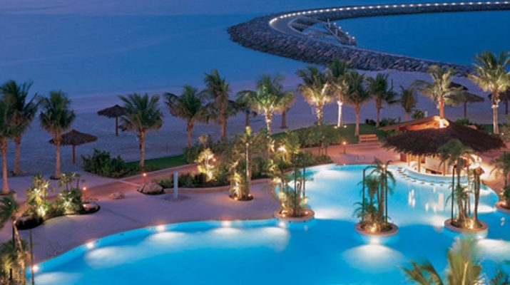 Holiday Time: Top Dubai Luxury Design Hotels dubai luxuy hotels 715x400