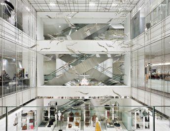 Retail Design Trends: 10 Must Know Luxury Boutique Designers 20110922 C5186 PHOTO EN 3641 345x265