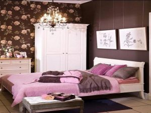 Simple-Pink-and-Brown-Bedroom-Decorating-Ideas Simple Pink and Brown Bedroom Decorating Ideas 300x225