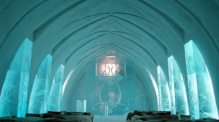 TOP 10 OF THE WILDEST HOTELS FROM AROUND THE WORLD Ice Hotel Church Jukkasj  rvi 715x400