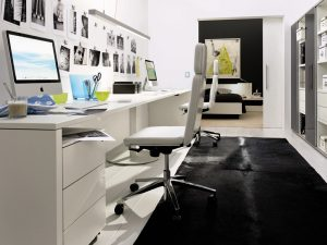 Modern-White-Home-Office-Decorating-Ideas Modern White Home Office Decorating Ideas 300x225