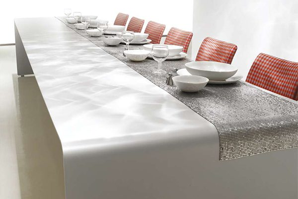 6 Modern Dining Tables for Christmas tabletop idea mdf italia 600x400
