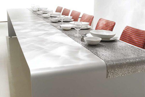 6 Modern Dining Tables for Christmas tabletop idea mdf italia 600x400