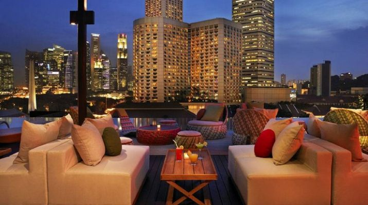 Best Luxury Hotels Around the World NaumiSingapore2 715x400