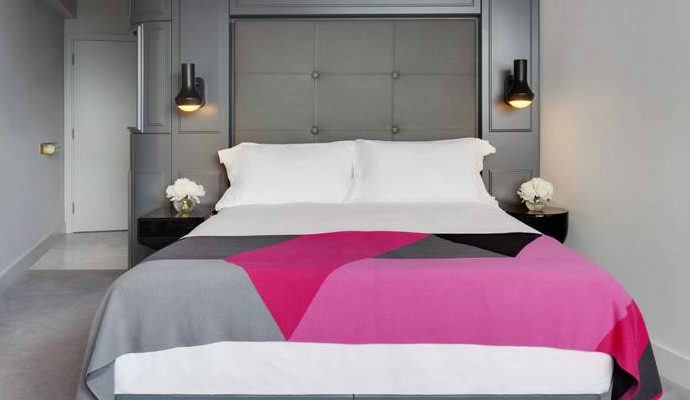 MondrianLondonHotel  Mondrian London Luxury Hotel: Sneak Peek MondrianLondonHotel2 690x400