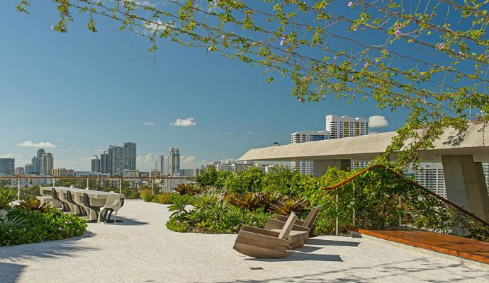 sky garden feature image Best Residential Garden ASLA 2014 Best Residential Garden Winners sky garden feature image 690x400