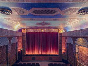 Top-25-Cinemas-Design-Around-The-World-21