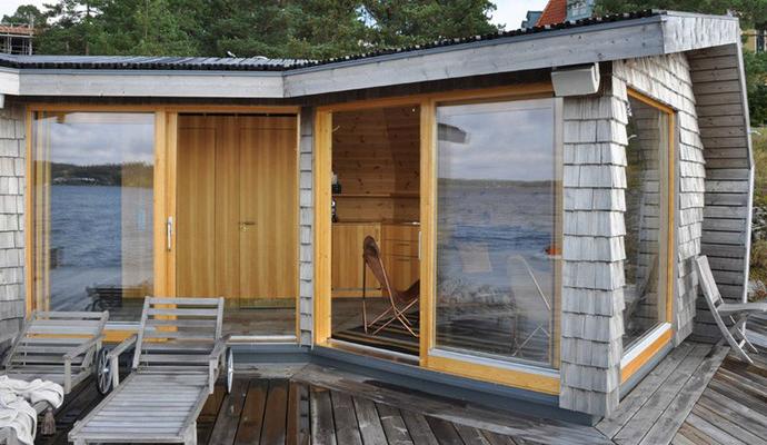 Creative-Timber-Clad-Sauna-in-Sweden-7
