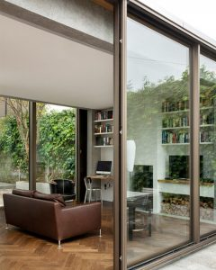 Beautiful Glazed House Feels Like a Garden's Extension  Beautiful Glazed House Feels Like a Garden's Extension Ormond Road GKMP Architects house extension dezeen 468 4 240x300