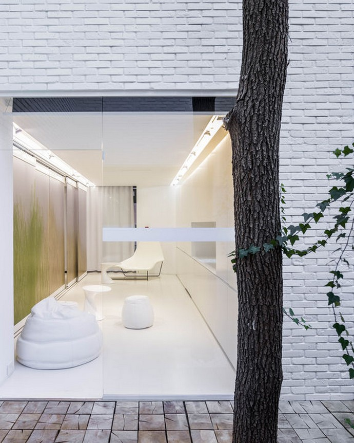 "apartment of the future ""Apartment of the Future"" in Poland Polands Futuristic Residential Architecture Design 6"