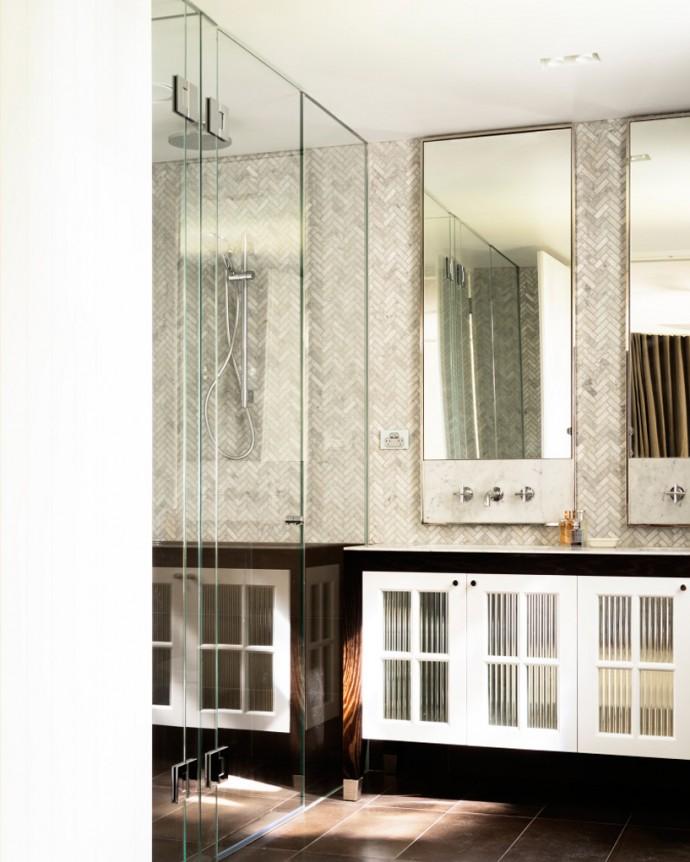 Astonishing villa in Sydney revived by Luigi Rosselli architects