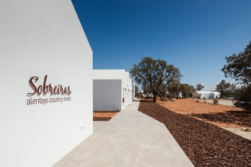 Best design projects: Sobreiras Alentejo Country Hotel ➤To see more Best Design Projects ideas visit us at www.bestdesignprojects.com/ #bestdesignprojects #homedecorideas #hotelsandresorts @BestDesignProj