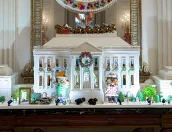 Meet the Superb Obama's Last White House Christmas Decorations ➤To see more Best Design Projects ideas visit us at www.bestdesignprojects.com/ #bestdesignprojects #homedecorideas #interiordesignprojects @BestDesignProj