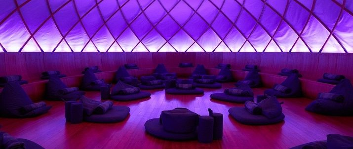 Relax at Inscape: The Perfect Meditation Studio in New York City ➤To see more Best Design Projects ideas visit us at www.bestdesignprojects.com/ #bestdesignprojects #homedecorideas #interiordesignprojects @BestDesignProj
