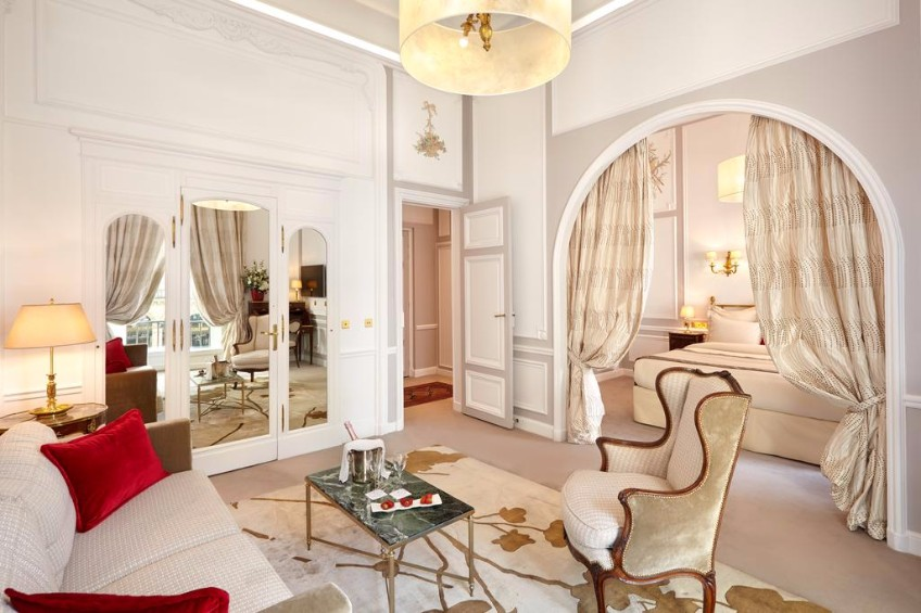 Top 10 Boutique Hotel Design Projects In Paris To Visit Today ➤ To see more news about the Best Design Projects in the world visit us at http://www.bestdesignprojects.com #bdny #bdny2017 #homedecor #interiordesign #bestdesignprojects @bocadolobo @delightfulll @brabbu @essentialhomeeu @circudesign @mvalentinabath @luxxu @covethouse_ boutique hotel Top 10 Boutique Hotel Design Projects In Paris To Visit Today Top 10 Boutique Hotel Design Projects In Paris To Visit Today 6
