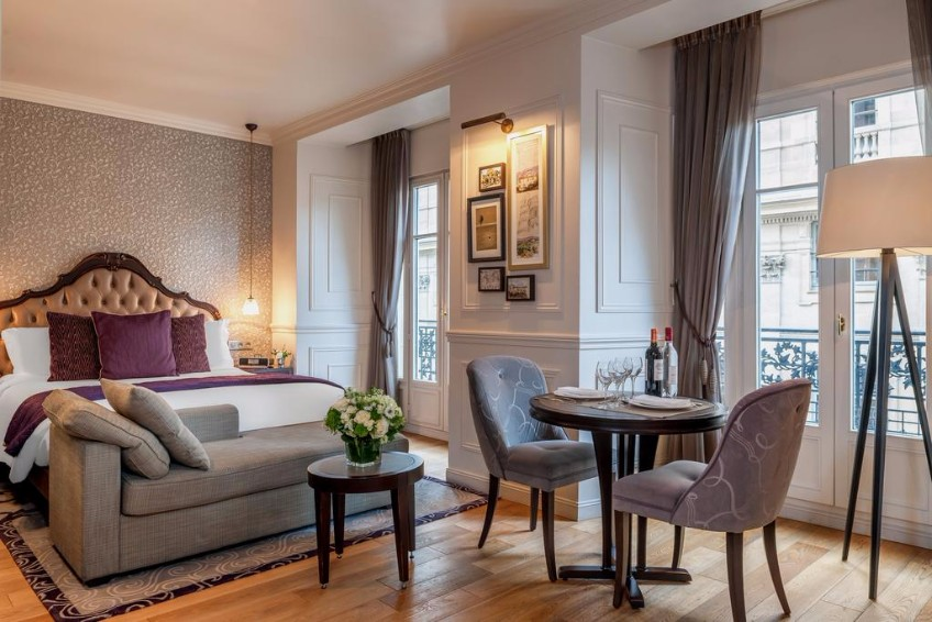 Top 10 Boutique Hotel Design Projects In Paris To Visit Today ➤ To see more news about the Best Design Projects in the world visit us at http://www.bestdesignprojects.com #bdny #bdny2017 #homedecor #interiordesign #bestdesignprojects @bocadolobo @delightfulll @brabbu @essentialhomeeu @circudesign @mvalentinabath @luxxu @covethouse_ boutique hotel Top 10 Boutique Hotel Design Projects In Paris To Visit Today Top 10 Boutique Hotel Design Projects In Paris To Visit Today 8