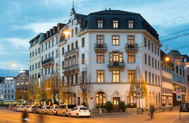 Enjoy One of these Flawless Luxury Hotels for Baselworld 2018 1 #bestdesignprojects #interiordesign #homedecor #luxurydesign www.bestdesignprojects.com @bocadolobo @delightfulll @brabbu @essentialhomeeu @circudesign @mvalentinabath @luxxu @covethouse_ @covetedmagazine flawless luxury hotels Enjoy One of these Flawless Luxury Hotels for Baselworld 2018 Enjoy One of these Flawless Luxury Hotels for Baselworld 2018 6
