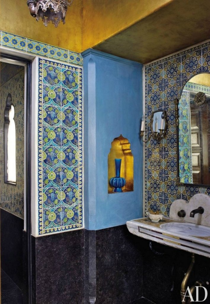 15 Bespoke Bathrooms That Are Dressed to Impress (Part III) bespoke bathrooms 15 Bespoke Bathrooms That Are Dressed to Impress (Part III) 16 Colourful Bathroom Ideas to Create the Most Soothing Environment 13