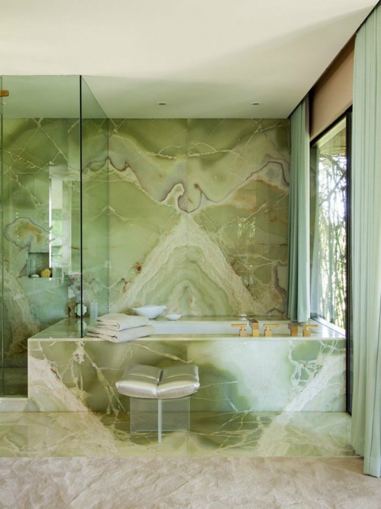 15 Bespoke Bathrooms That Are Dressed to Impress (Part III) bespoke bathrooms 15 Bespoke Bathrooms That Are Dressed to Impress (Part III) 16 Colourful Bathroom Ideas to Create the Most Soothing Environment 7