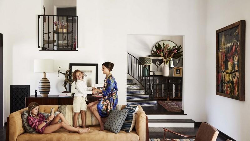 interior design The Interior Design Behind Alessandra Ambrosio California Home AD110118 WELL 34 01 6