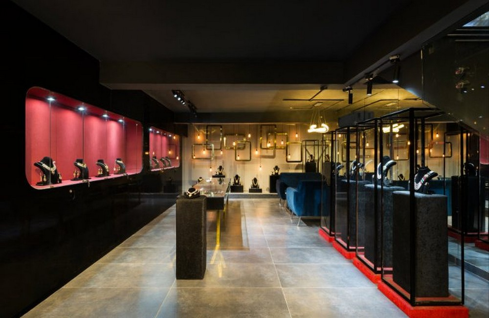 Studio Ardete Created The New Swarn Jewellers Store Project studio ardete Studio Ardete Created The New Swarn Jewellers Store Project Studio Ardete Created The New Swarn Jewellers Store Project 3