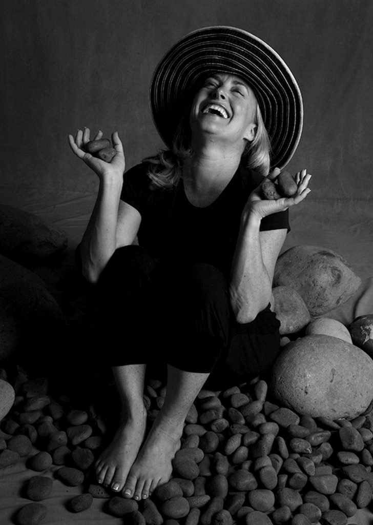Nini Andrade Silva Tells Interesting Facts About Her Design Journey nini andrade silva Nini Andrade Silva Tells Interesting Facts About Her Design Journey Nini Andrade Silva Tells Interesting Facts About Her Design Journey capa