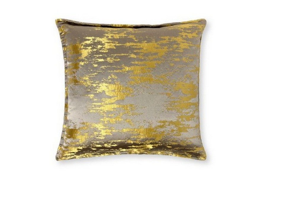 3 Exquisite Pillows That Will Elevate Your Holiday Home Decor Project holiday home decor 3 Exquisite Pillows That Will Elevate Your Holiday Home Decor Project 3 Exquisite Pillows That Will Elevate Your Holiday Home Decor Project 2