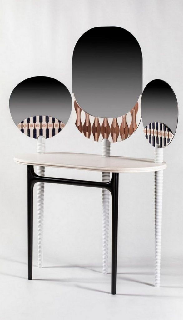 Your Luxury Walk-In Closet Needs These 7 Bespoke Dressing Tables bespoke dressing table Your Luxury Walk-In Closet Needs These 7 Bespoke Dressing Tables Your Luxury Walk In Closet Needs These 7 Bespoke Dressing Tables 5